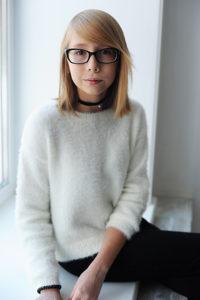 Картинки девочек 14 лет с черными волосами