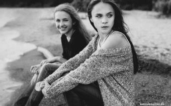 Эрика и Кристина (STAR KIDS) для журнала Снег