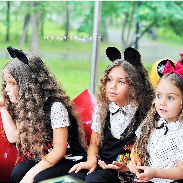 Маша, Злата, Яна для @magazine_giraffe #starkidsbackstagesКоманда съёмки @eremeeva_photo @razinkina_jenya @shura_baby @kristina_editor